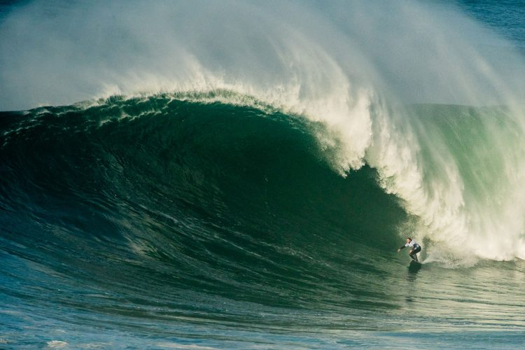 946Nazaré stands out at the WSL Big Wave Awards